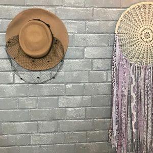 ernie // vintage beige tan wool black veiled hat